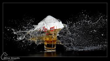 Kapot geschoten Arcener glas - high speed fotografie - Door: Ellen Reus - Wolves fotografie
