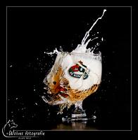 Kapot geschoten Bolleke - De Koninck glas - high speed fotografie - Door: Ellen Reus - Wolves fotografie