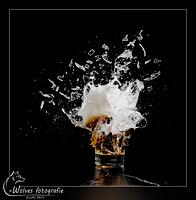 Kapot geschoten fluitje bier - high speed fotografie - Door: Ellen Reus - Wolves fotografie